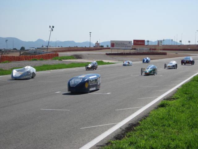 Salida de vehículos de la Solar Race